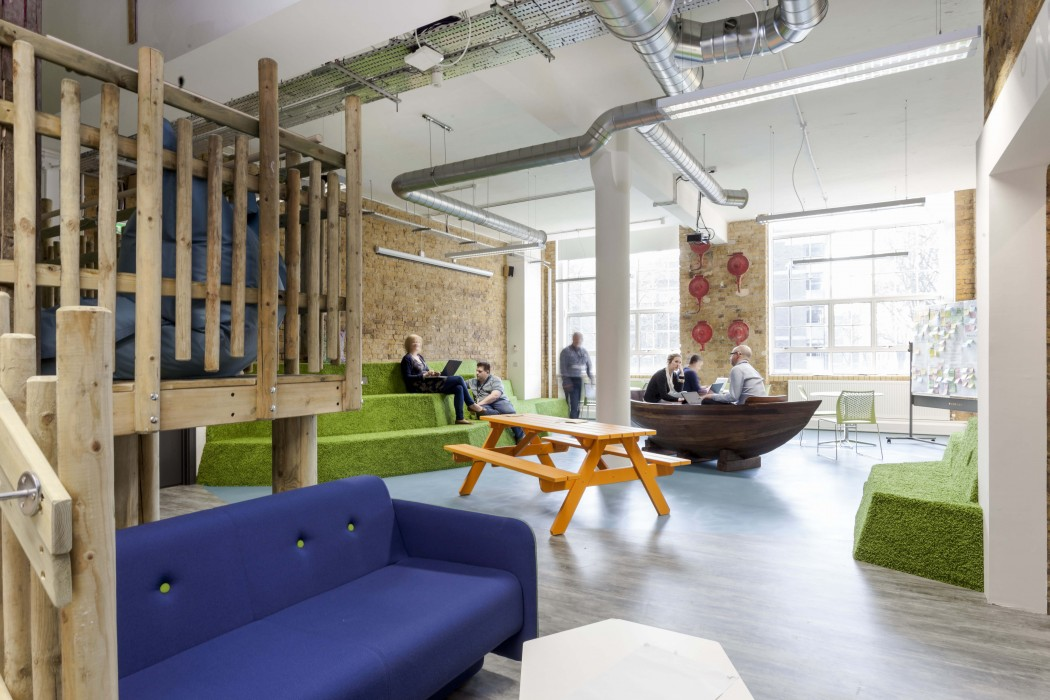 friends of the earth office by peldon rose award winning office design