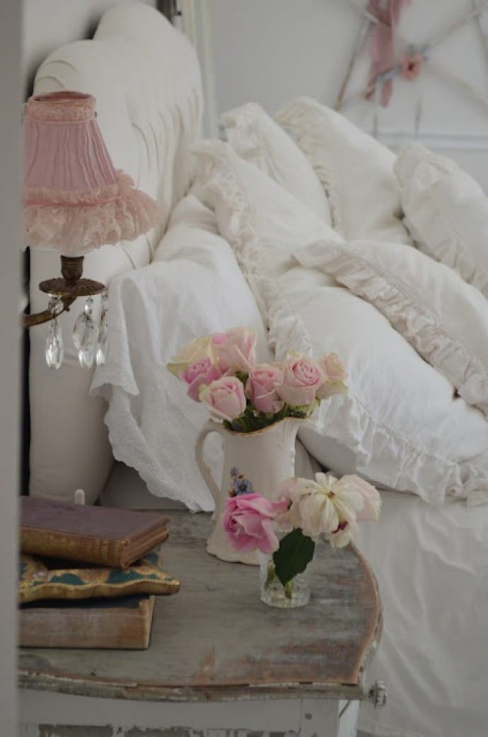 5 Space Saving Ideas For The Bedroom - Shabby Chic Bedroom
