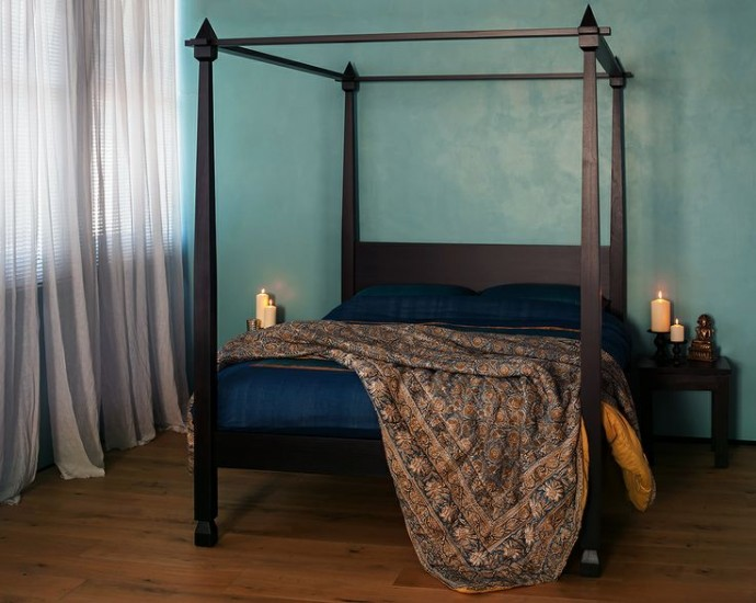 10 Interior Design Items Proud To Be 'Made In Britain' -  Raj – Colonial Style Four Poster Bed