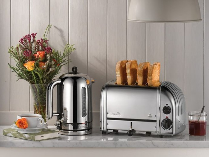 10 Interior Design Items Proud To Be 'Made In Britain' - Dualit Classic Kettle & Toaster