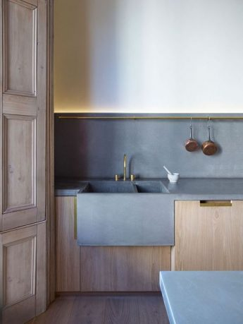 How to Choose Your New Kitchen Worktop - Concrete Sink And Worktops - Image By Richard Leeney For Mclaren.Excell
