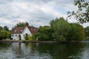 Sourcing Property In The South East - House In Reading England.