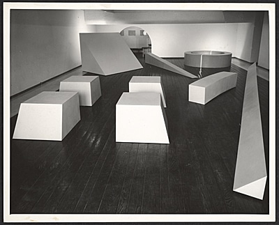 How Screed Flooring Can Help You Achieve The Minimalist Look - Installation view of Robert Morris - One Man Exhibition at the Dwan Gallery, 1966 - Image From Archives Of American Art
