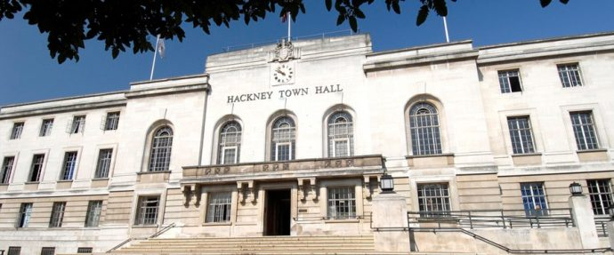 6 Glamorous London Wedding Venues - Hackney Town Hall