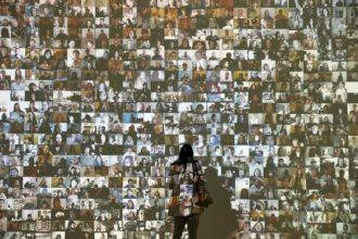 Selfies At Saachi Gallery