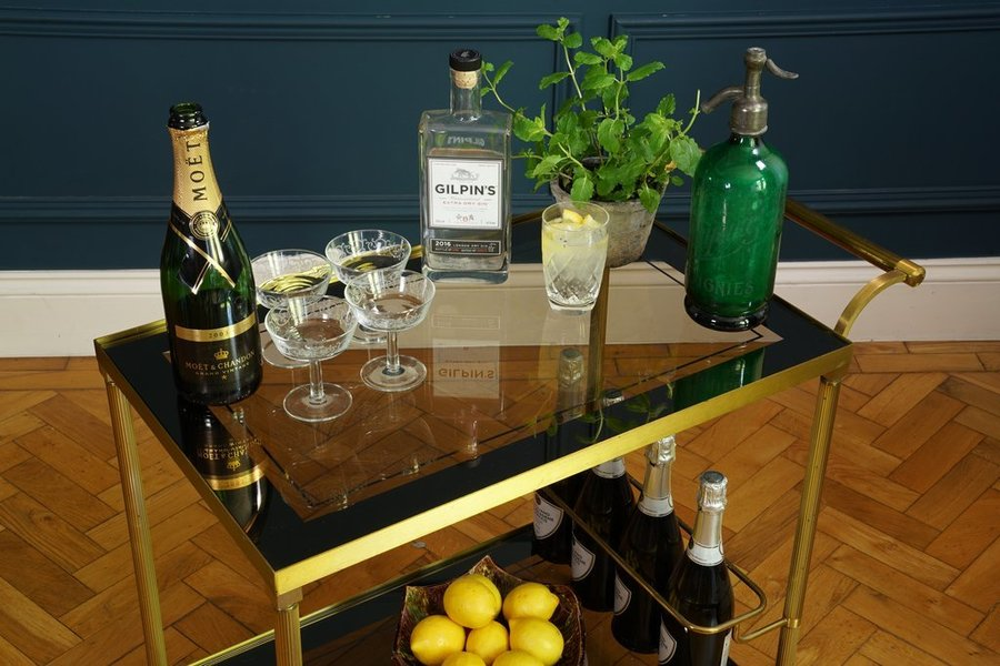 Your Guide For An Autumn Interiors Refresh - Tea / Cocktail Trolly (Bar Cart) - Image Via Vinterior.co