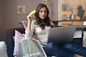 Online Shopping: Why I'll Never Step In-store Again