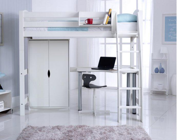 Design Tips: A Teens Bedroom For Sleep, Study And Socialising. Image Via RoomToGrow.co.uk